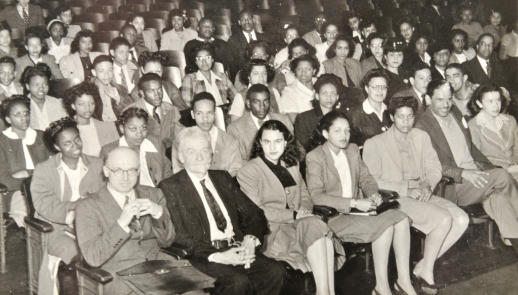 Stoehr was guest lecturer at Howard University, Washington DC in 1945.