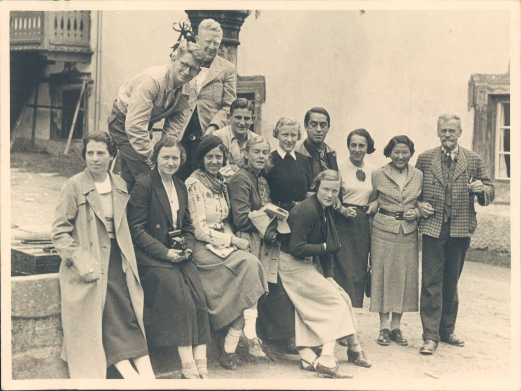 Stöhr with summer school students at Ötz, 1936.