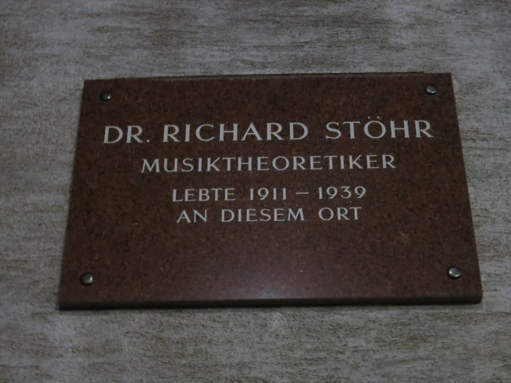 Plaque on the site of the Stöhr home, 14 Karolinengasse, Vienna.